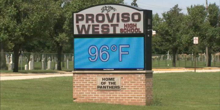 دانش آموزان دبیرستان پروویسو وست از کلاس های گرم در میان تغییرات آب و هوایی شکایت دارند