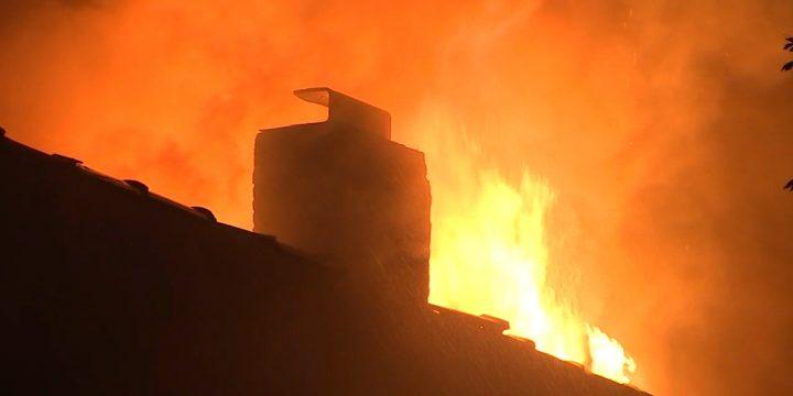 شیکاگو فایر: شعله Englewood ساکنان را به بیرون پریدن از پنجره ها می فرستد.  4 زخمی از جمله یک افسر پلیس شیکاگو